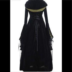 Women's Medieval Renaissance costume